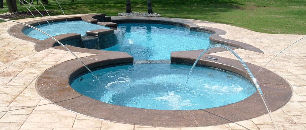 Two Levels of Circular Pools